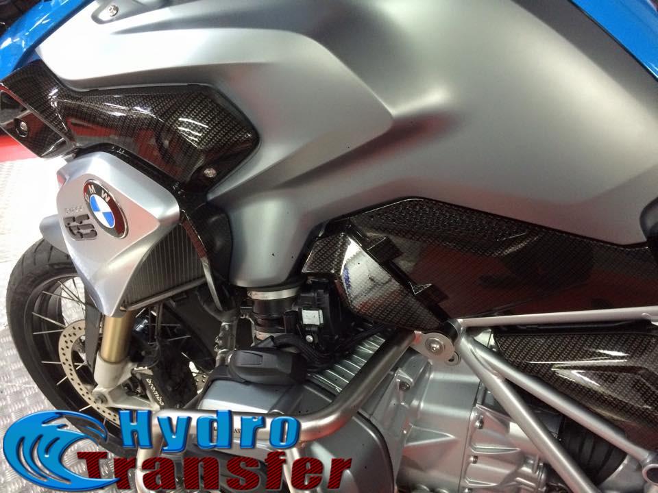 moto hidrografia gris fibra de carbono azul 2