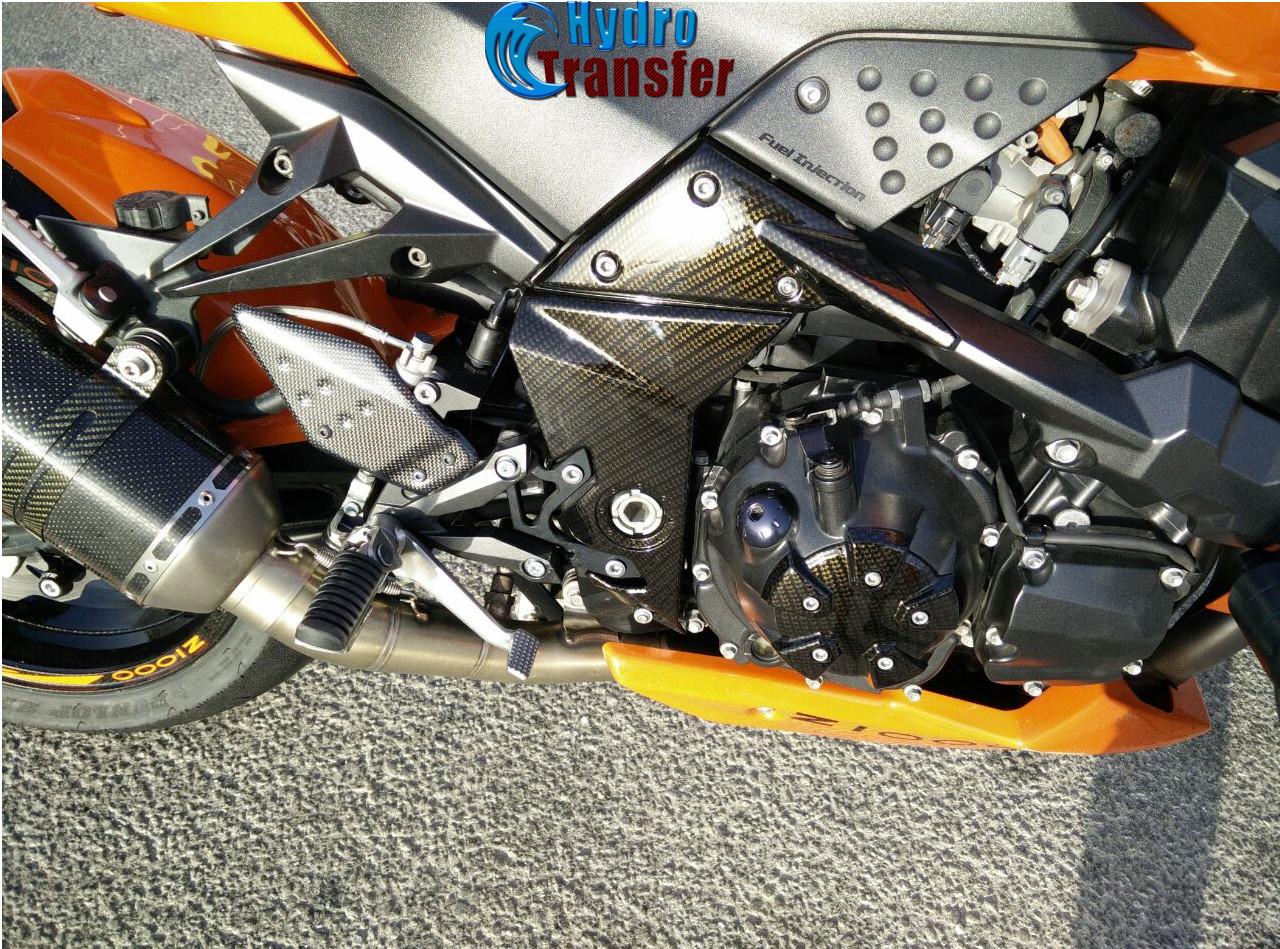 moto motor amarillo y plata